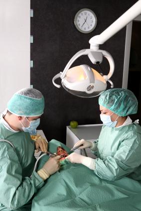 Базальная имплантация зубов в Израиле