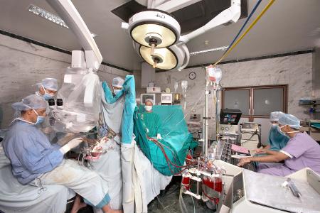 Удаление церебральной аневризмы сосудов мозга в Израиле. Отзывы и цены