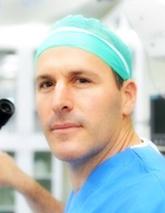 Элия Левингер, офтальмолог, глазной хирург