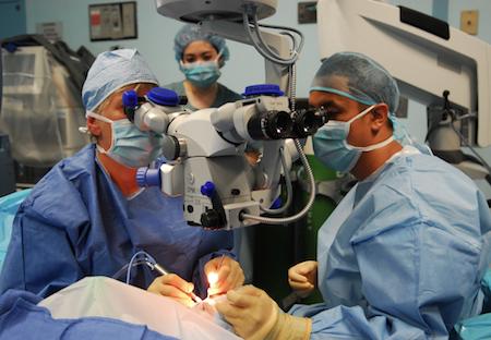 Лечение птеригиума в Израиле. Операция птеригиума за рубежом. Отзывы и цены