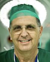 Арам Курт Смолинский, кардиохирург
