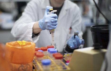 Вакцины и лекарства от коронавируса за рубежом