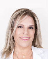 Ирит Адар, офтальмолог глазной хирург
