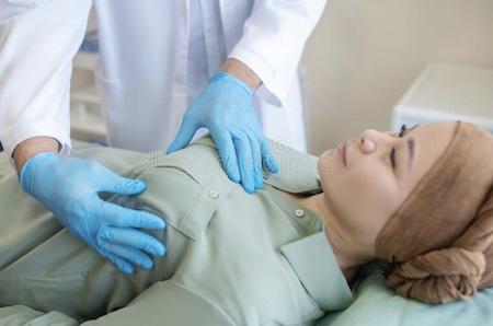 Лучшие маммологи Израиля. Маммология за рубежом. Отзывы и цены