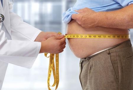 Как лишний вес и ожирение у мужчин влияет на риск возникновения рака предстательной железы